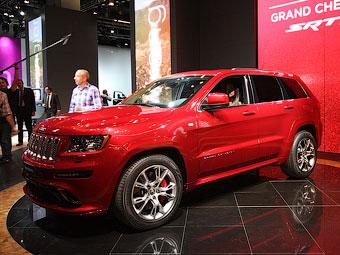 """В Европе впервые показали """"заряженный"""" Jeep Grand Cherokee"""