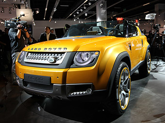 Land Rover рассказал подробности о прототипах нового Defender