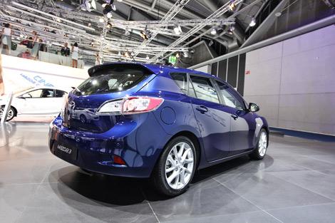 Во Франкфурте представили европейскую версию обновленной Mazda3
