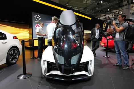 Представленный во Франкфурте прототип Opel RAK e может быть запущен в серийное производство. Фото 1