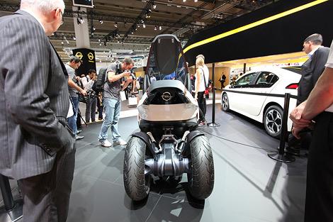 Представленный во Франкфурте прототип Opel RAK e может быть запущен в серийное производство. Фото 2