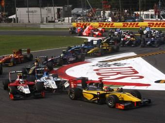 В чемпионате GP2 отказались от искусственного облегчения обгонов