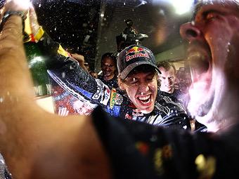 В Red Bull подготовились к вечеринке в честь чемпионства Феттеля