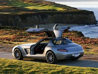 """Mercedes-Benz подтвердил разработку """"черной серии"""" суперкара SLS AMG"""