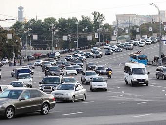 Власти Москвы решили не повышать транспортный налог