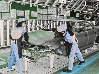 Toyota временно закроет японские заводы из-за тайфуна