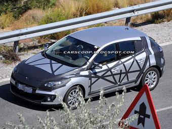 Компания Renault начала испытывать обновленный Megane на жаре