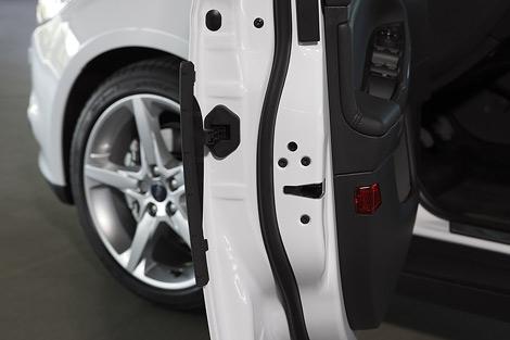 Компания разработала специальные протекторы для дверей автомобилей. Фото 1