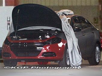 Появилась первая фотография преемника Dodge Caliber