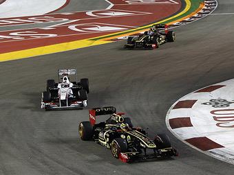 Команду Renault оштрафовали за ошибочный инструктаж гонщика