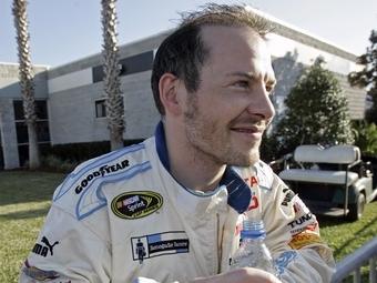 Жак Вильнев попробует купить гоночную команду Red Bull серии NASCAR