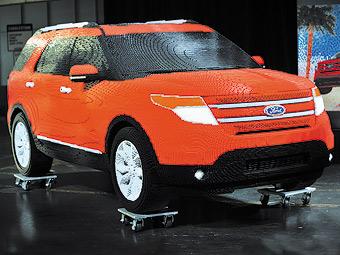 Компания Ford построила Explorer из детского конструктора