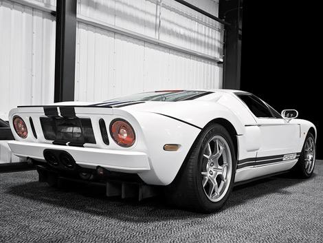 Компания Project Kahn объявила о продаже автомобиля Ford GT, принадлежавшего Дженсону Баттону