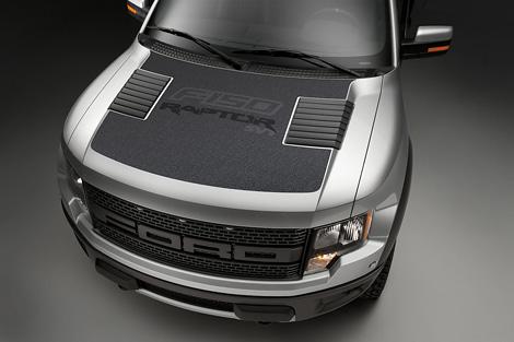Компания Ford представила пикап F-150 SVT Raptor 2012 модельного года. Фото 3