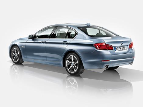 В марте следующего года компания BMW начнет продажи гибридной версии 5-Series