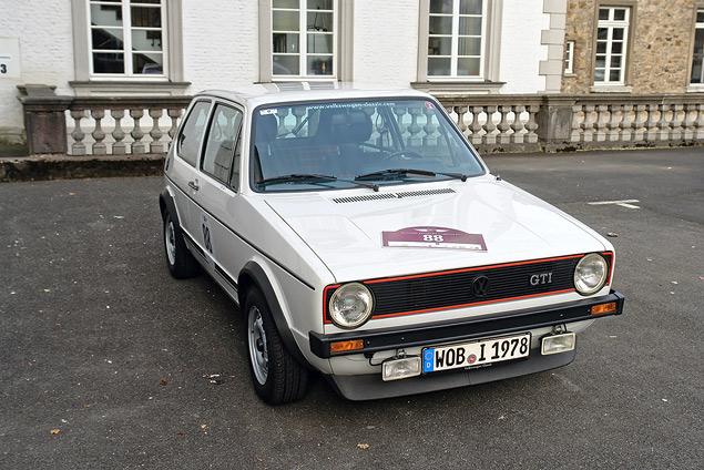 Путешествуем во времени вместе с VW Golf GTI MkI