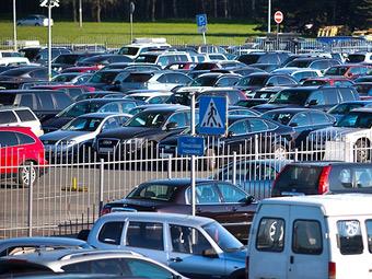 Названа стоимость стоянки на перехватывающих парковках
