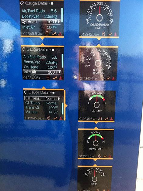 """Рестайлинговые """"Мустанги"""" получат систему, показывающую в графическом виде данные о работе всех систем машины. Фото 1"""