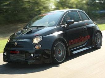 Итальянцы опубликовали фотографии 300-сильного Fiat 500