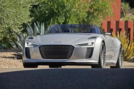 Компания Audi распространила фотографии гибридного родстера Audi e-tron, который может пойти в серию. Фото 2