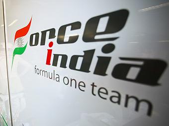 Владелец Force India продал половину своей команды