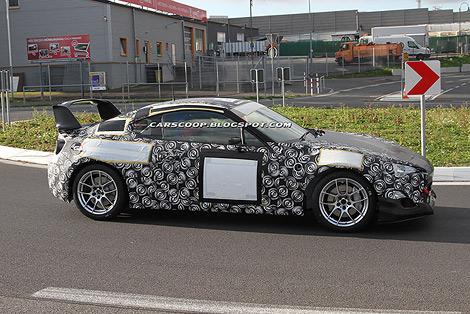 Гоночный вариант заднеприводного купе Toyota покажут во время гонок на выносливость. Фото 1