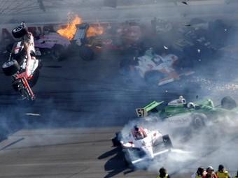 Соперники Уэлдона избежали травм в аварии в Лас-Вегасе