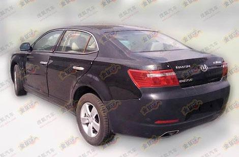 Появились фотографии нового седана китайской компании Hawtai
