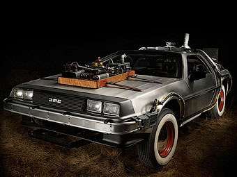 """DeLorean из фильма """"Назад в будущее"""" выставят на продажу"""