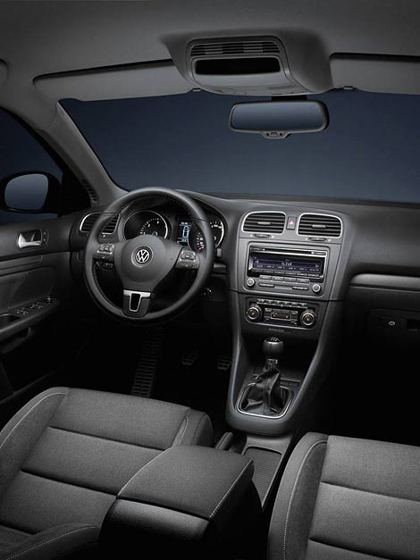 В октябре начнутся продажи спецверсии VW Golf под названием Style