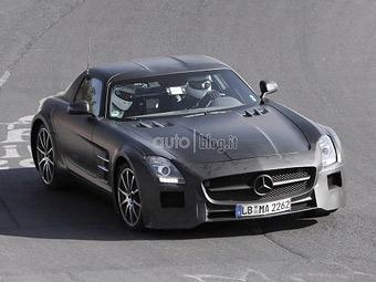 """Mercedes-Benz начал тестировать на Нюрбургринге """"черную серию"""" SLS AMG"""