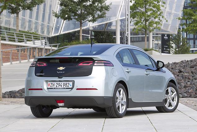 Знакомимся с гибридным Chevrolet Volt. Фото 1
