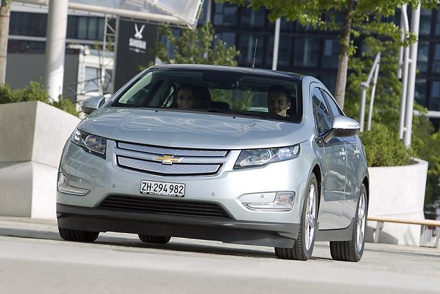 Знакомимся с гибридным Chevrolet Volt. Фото 2