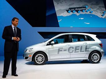 Главу Mercedes-Benz в США уволили из-за домработницы