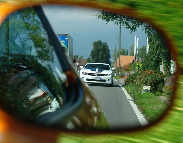 Пробуем на вкус оглушительный Chevrolet Camaro и экономичный Aveo. Фото 9