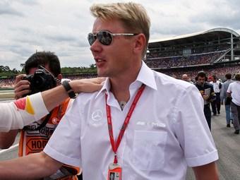 Мика Хаккинен вернется в гонки в качестве пилота Mercedes