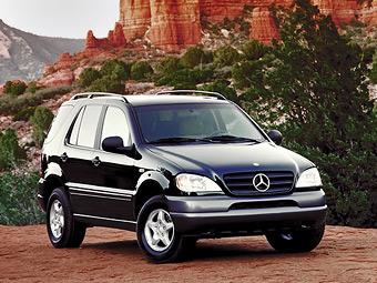 Компания Mercedes-Benz отзывает внедорожники в России