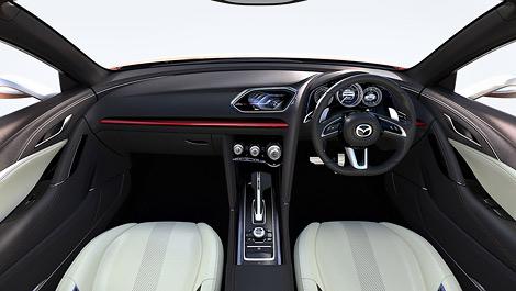 "На автосалоне в Токио компания Mazda представит концепт Takeri - седан класса ""D"". Фото 1"