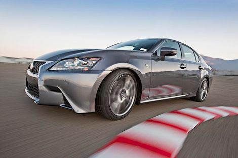 Компания Lexus представила седан GS нового поколения со спорт-пакетом F-Sport. Фото 1