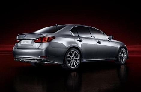 Компания Lexus представила седан GS нового поколения со спорт-пакетом F-Sport. Фото 2