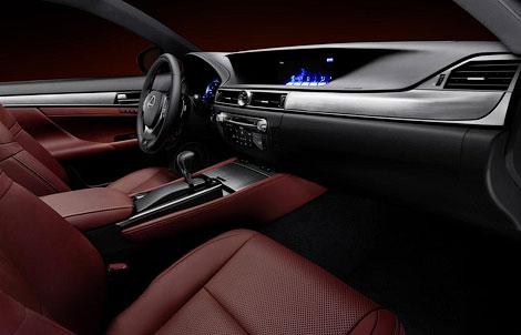 Компания Lexus представила седан GS нового поколения со спорт-пакетом F-Sport. Фото 4