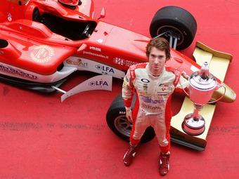 Чемпион Формулы-2 посвятил свою победу погибшим Уэлдону и Симончелли