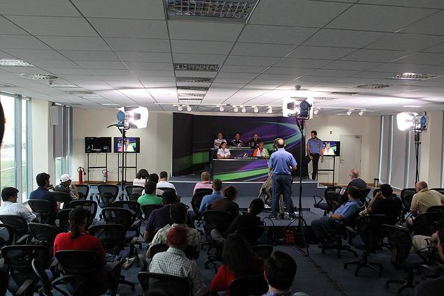 Интервью с ведущим пресс-конференций Ф-1