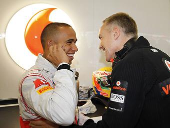 Руководитель McLaren попросил Хэмилтона перестать извиняться