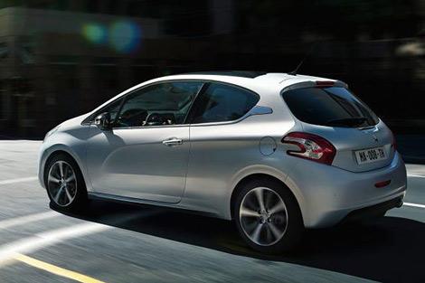 В интернете появились первые официальные фотографии преемника Peugeot 207 - 208. Фото 1