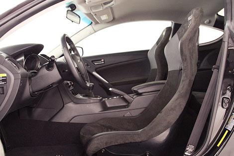 На выставке SEMA показали 450-сильный вариант купе Hyundai Genesis. Фото 3