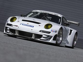 Компания Porsche слегка улучшила гоночный 911-й к новому сезону