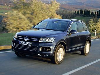 В России начали принимать заказы на гибридный VW Touareg
