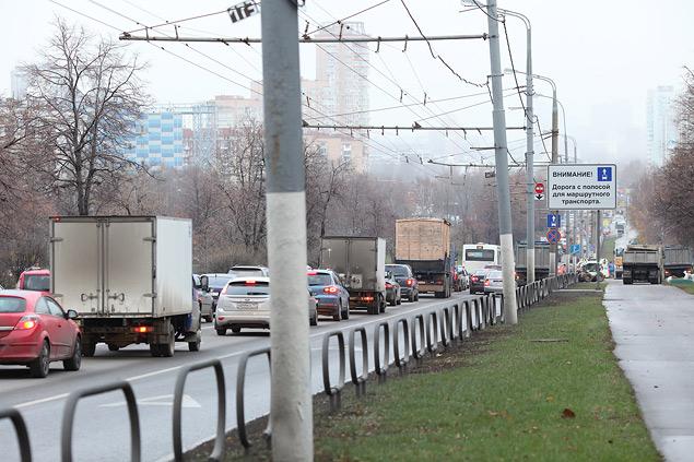 Выделенные полосы не понравились ни водителям, ни чиновникам. Фото 1