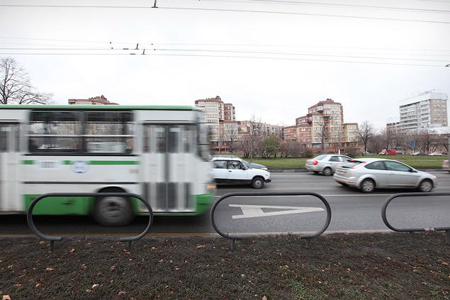 Выделенные полосы не понравились ни водителям, ни чиновникам. Фото 5